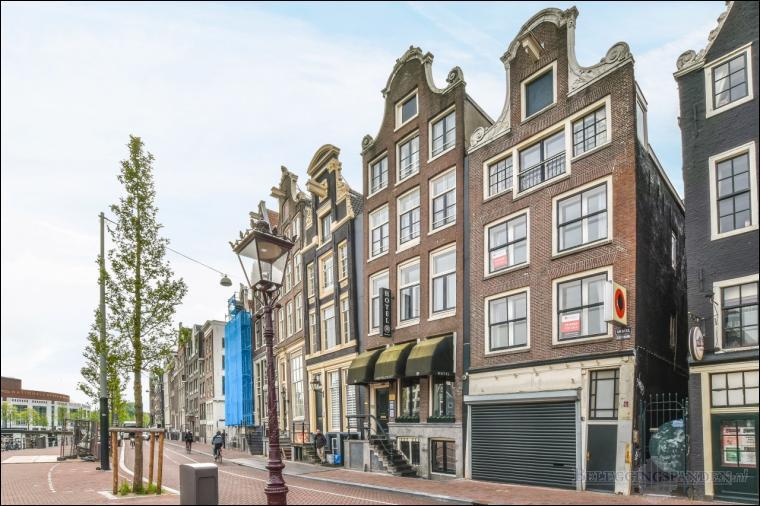 Amsterdam, Amstel 102
