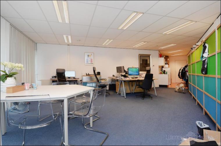 Maasdijk, Aartsdijkweg 107, 109, 111