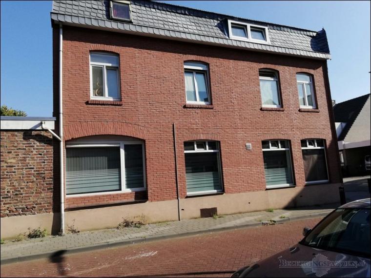Kerkrade, Pannesheiderstraat 37 ABCDE - Kokelestraat 2