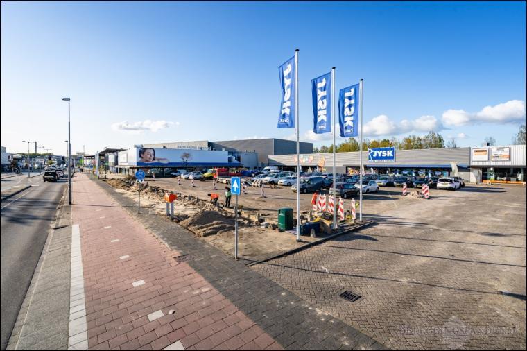 Beverwijk, Parallelweg 120 en 120A
