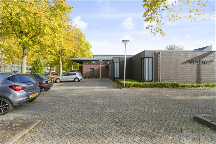 Utrecht, Wezerdreef 11