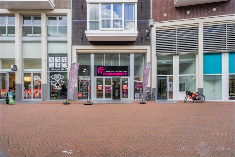 Spijkenisse, Uitstraat 3 & 5