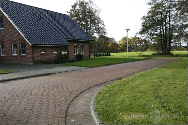 Eelde (gemeente Tynaarlo), Helmerdijk