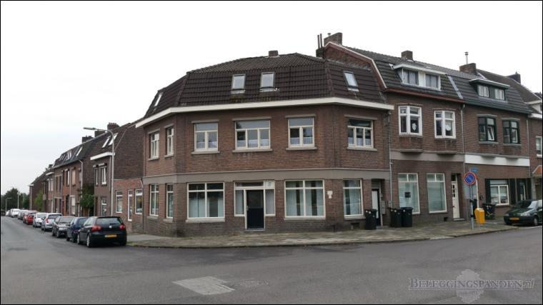 Kerkrade, Kapelweg 28, 28A & Heiveldstraat 67, 67A
