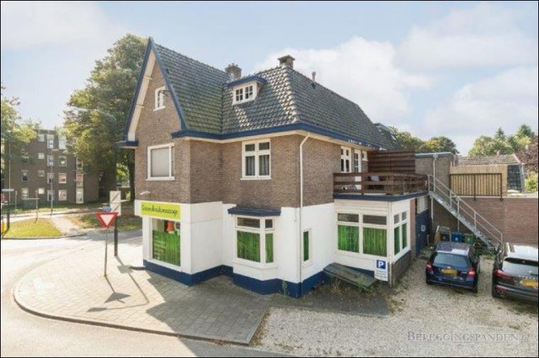 Apeldoorn, Badhuisweg