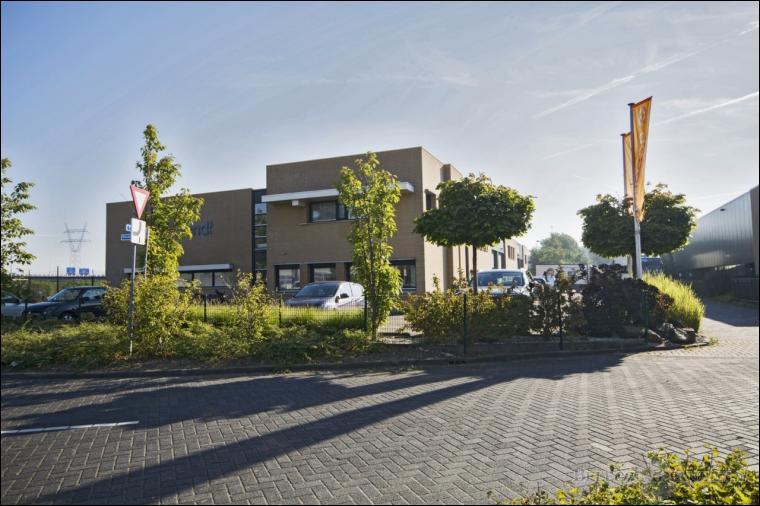 Barendrecht, Arnhemseweg 2-6