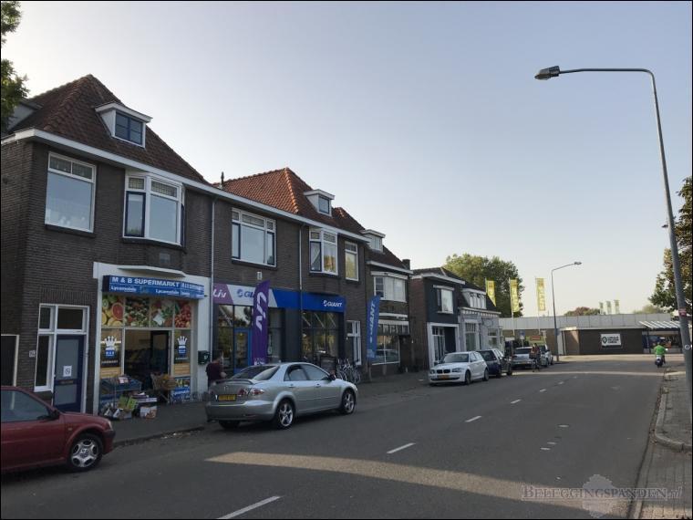 Almelo, Vriezenveenseweg 74, 74a, 76