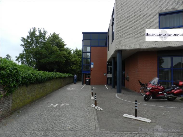 Waardenburg, Steenweg 67, 67a, 67b, 67c, 67d