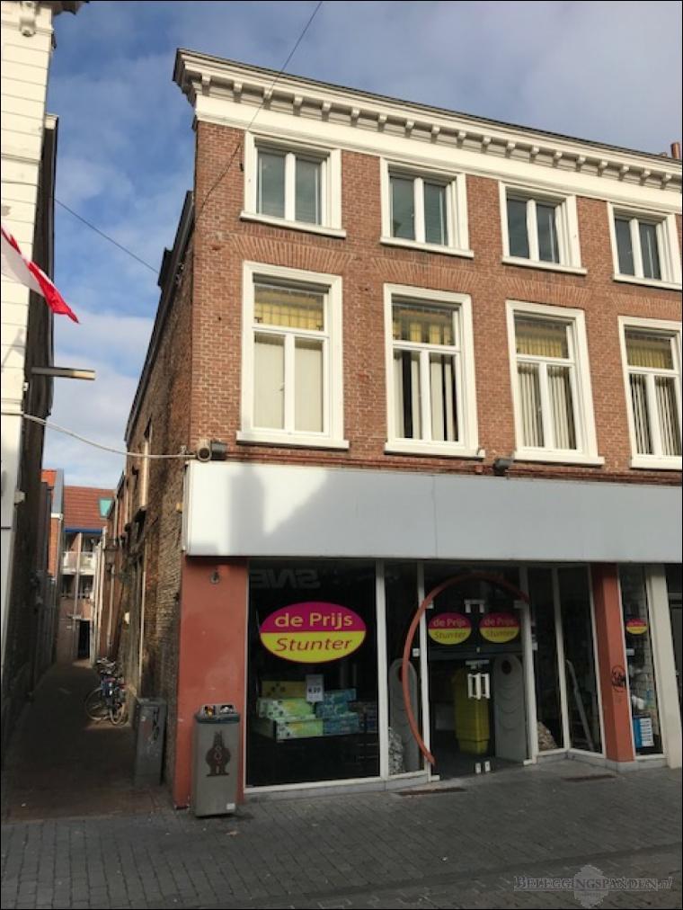 Bergen op Zoom, Zuivelstraat 15 en 17