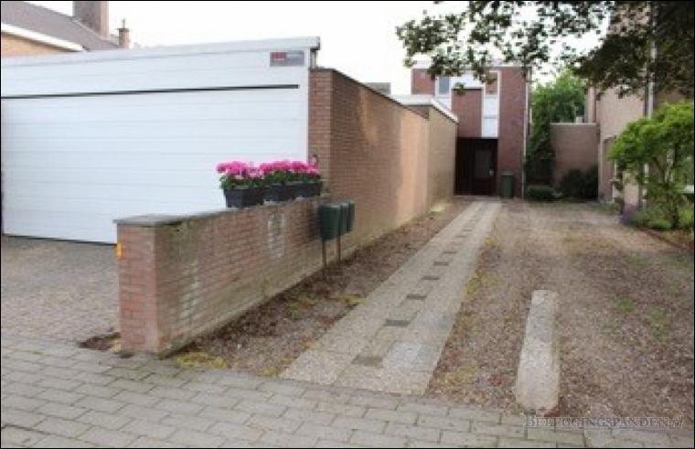Eijsden, Rijksweg 256 & Onze Lieve Vrouweplein 1A, 1B & 1C